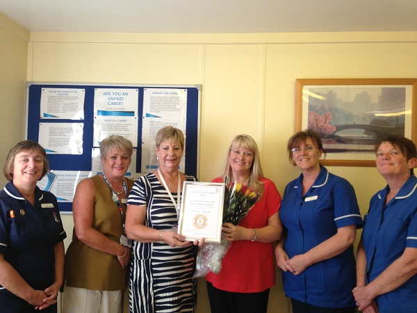 Pilgrim Hospital Ward receive Award